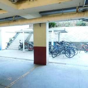 牛込台マンションの駐輪場
