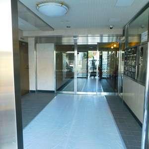 ライオンズガーデン駒込のマンションの入口・エントランス