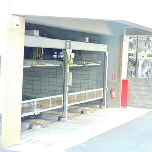 ベルメゾン小石川植物園の駐車場