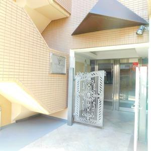 マイキャッスル小石川のマンションの入口・エントランス