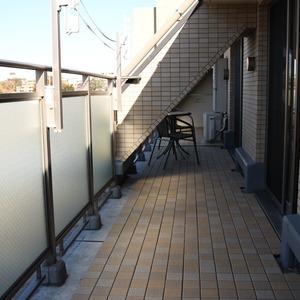 サンパレス駒込壱番館(7階,6799万円)のルーフバルコニー
