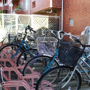 日興パレス文京の駐輪場