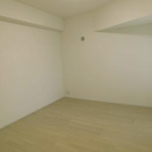 クレッセント目黒3(4階,5580万円)の洋室(2)