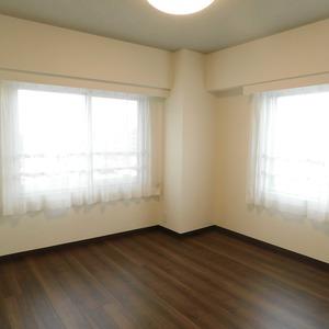 ファミール久堅(6階,)の洋室