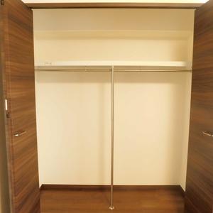 ファミール久堅(6階,8780万円)の洋室(2)