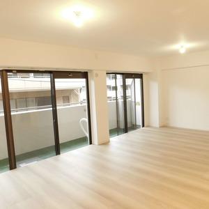 サニークレスト六義園(3階,4990万円)の居間(リビング・ダイニング・キッチン)