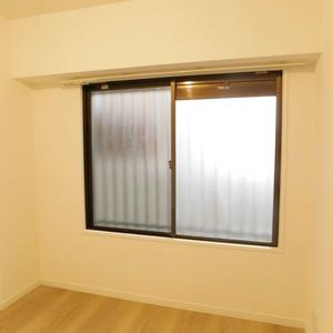 サニークレスト六義園(3階,4990万円)の洋室