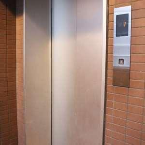 藤和シティホームズ本郷(4階,)のフロア廊下(エレベーター降りてからお部屋まで)
