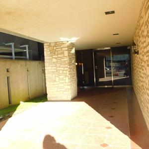 ナビウス目黒のマンションの入口・エントランス