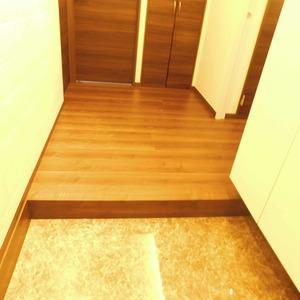 ファミール久堅(6階,8780万円)のお部屋の玄関