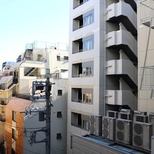 日商岩井本郷マンション(4階,4290万円)のお部屋からの眺望