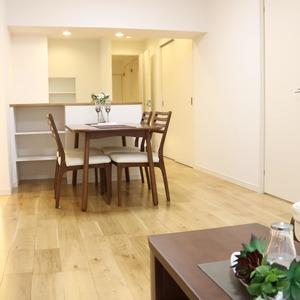 日商岩井本郷マンション(4階,4290万円)の居間(リビング・ダイニング・キッチン)