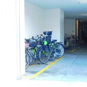 目黒グランドマンションの駐輪場