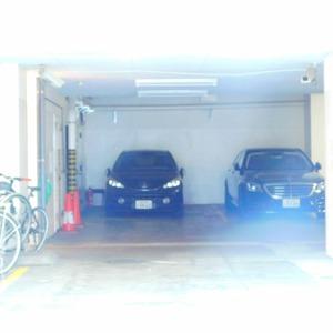 目黒グランドマンションの駐車場