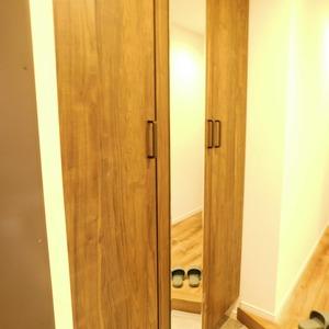 目黒グランドマンション(3階,5180万円)のお部屋の玄関