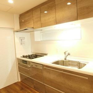 目黒グランドマンション(3階,5180万円)のキッチン