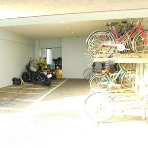 ティアラ目白アベニューの駐輪場