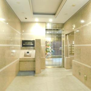 藤和渋谷常磐松ホームズのマンションの入口・エントランス