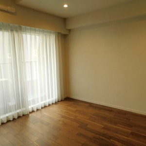 ドミール南青山(10階,9298万円)の洋室