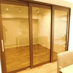ドミール南青山(10階,9298万円)の洋室(2)