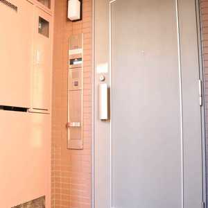 クレストフォルム上野の杜(3階,)のフロア廊下(エレベーター降りてからお部屋まで)