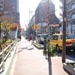 ドラゴンマンション上野壱番館の最寄りの駅周辺・街の様子