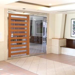 ドラゴンマンション上野壱番館のマンションの入口・エントランス