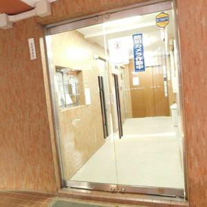 アルカディア新大塚のマンションの入口・エントランス