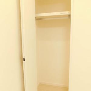 西麻布ハイツ(8階,4280万円)の洋室