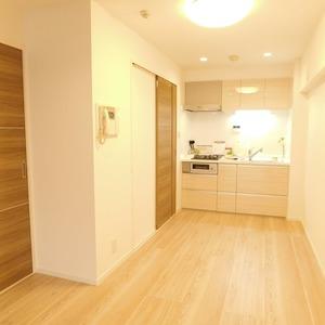 メイツ新宿なつめ坂(3階,4299万円)の居間(リビング・ダイニング・キッチン)