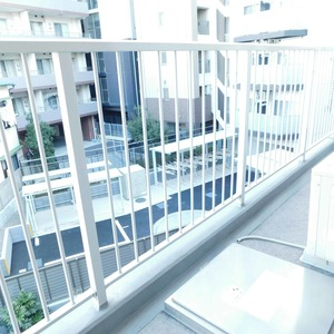 メイツ新宿なつめ坂(3階,4299万円)のバルコニー