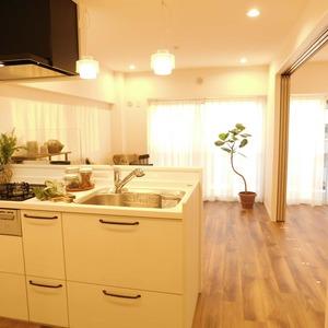 上落合ハイツ(7階,3780万円)の居間(リビング・ダイニング・キッチン)