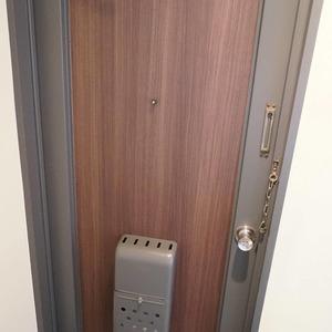 マンション雅叙苑5号棟(8階,5580万円)のお部屋の玄関