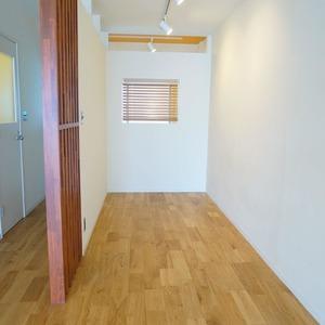 マンション雅叙苑5号棟(8階,5580万円)のリビング・ダイニング