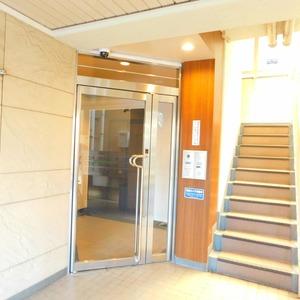 ダイアパレス白山第2のマンションの入口・エントランス