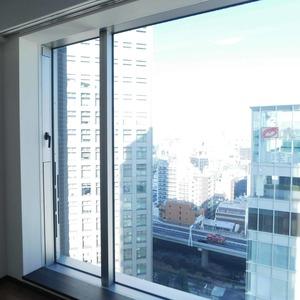 シティタワー九段下(18階,1億680万円)の洋室