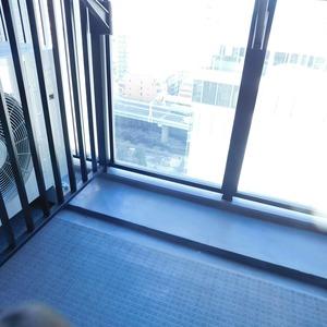 シティタワー九段下(18階,1億680万円)のバルコニー
