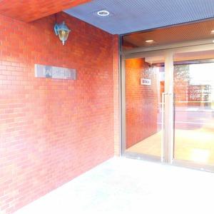 レインボー目白のマンションの入口・エントランス