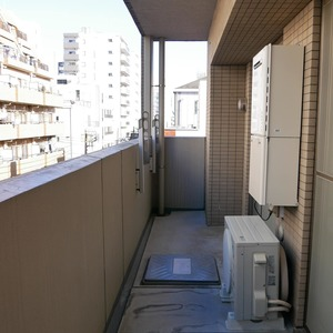 ルピナス台東レジデンス(5階,4399万円)のバルコニー