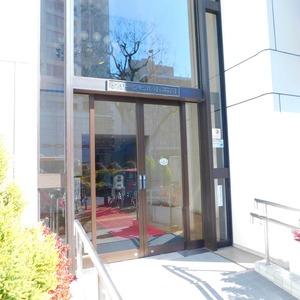 グリーンヒル小石川のマンションの入口・エントランス