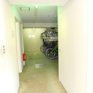 セレナハイム小石川西館の駐輪場