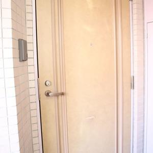 エクレーヌ本駒込(6階,5980万円)のフロア廊下(エレベーター降りてからお部屋まで)