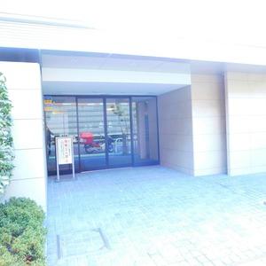 クレヴィア神楽坂のマンションの入口・エントランス