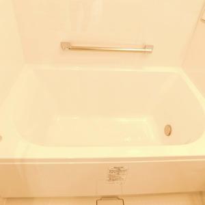 落合マンション(5階,4390万円)の浴室・お風呂