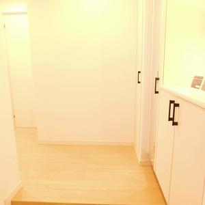 落合マンション(5階,4390万円)のお部屋の玄関