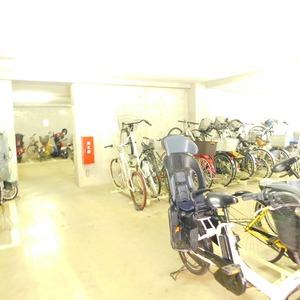 ディアナコート恵比寿の駐輪場