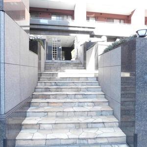 ディアナコート恵比寿のマンションの入口・エントランス