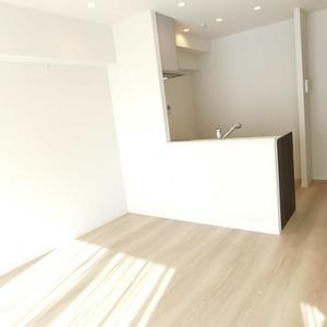 クレール五反田(8階,3880万円)の居間(リビング・ダイニング・キッチン)