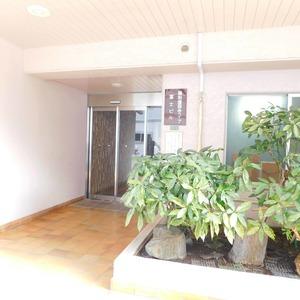 藤和護国寺コープのマンションの入口・エントランス