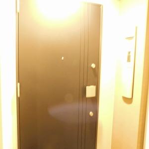 パークタワー池袋イーストプレイス(5階,4480万円)のフロア廊下(エレベーター降りてからお部屋まで)